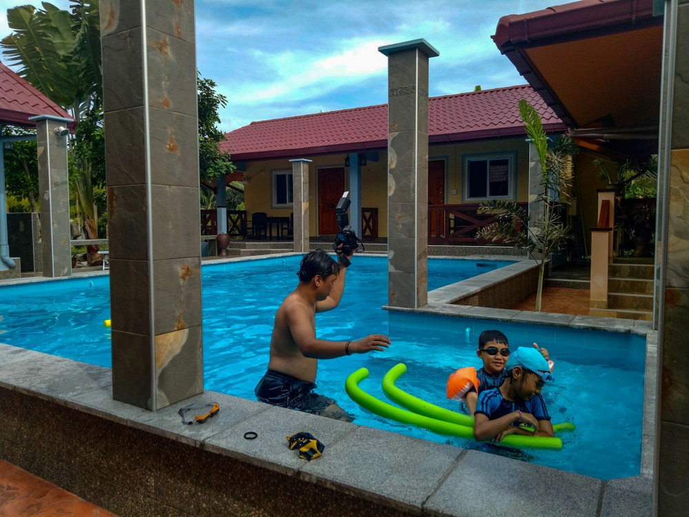 children swimming in the pool at rimlay park resort