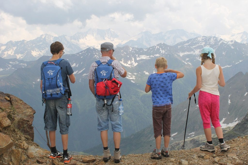 tips for planning a family trip
